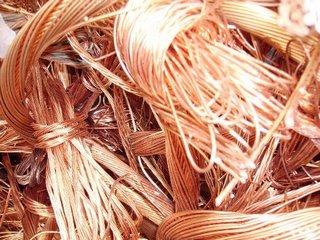 Carabineros De Pitrufquén Detuvo a Dos Sujetos Que Se Hacían Pasar Por Operarios Para Robar Cables