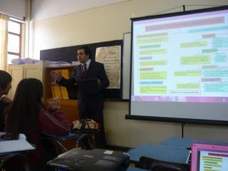 Senador Quintana Dictó Clase En Liceo Municipal Pablo Neruda