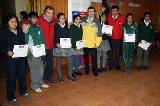 Ministro Joaquín Lavín Entregó Beca Indígena a 482 Jóvenes Mapuches De Ercilla
