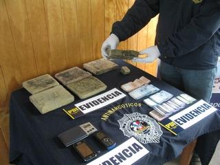 PDI De Temuco Decomisa 4 Kilos De Marihuana Prensada