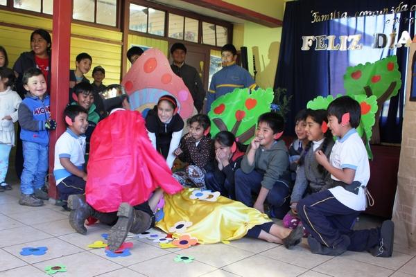 Escuela Municipal Rayen Lafquen Celebra Día De La Familia