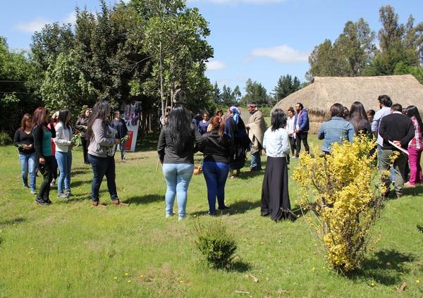 Funcionarias De Jardines Infantiles JUNJI Aprenden Mapuzungün