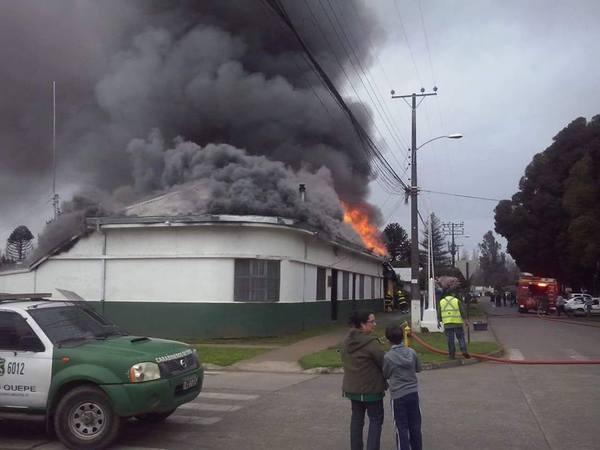 Incendio Afectó A Retén De Carabineros  De Quepe En Freire