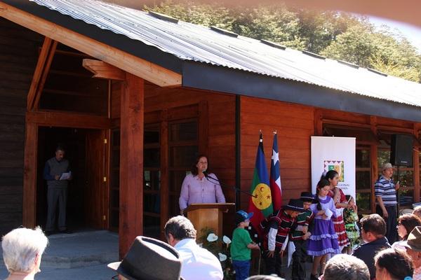 Intendenta Inauguró Centro Comunitario De Rinconada En Curarrehue
