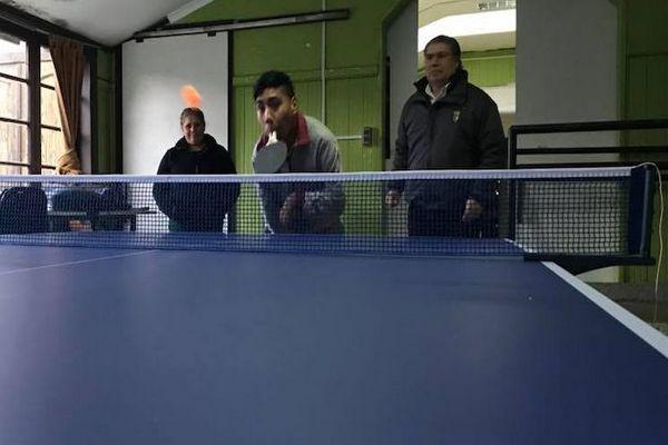 En Freire Tenimesista Discapacitado Recibió Donación Deportiva