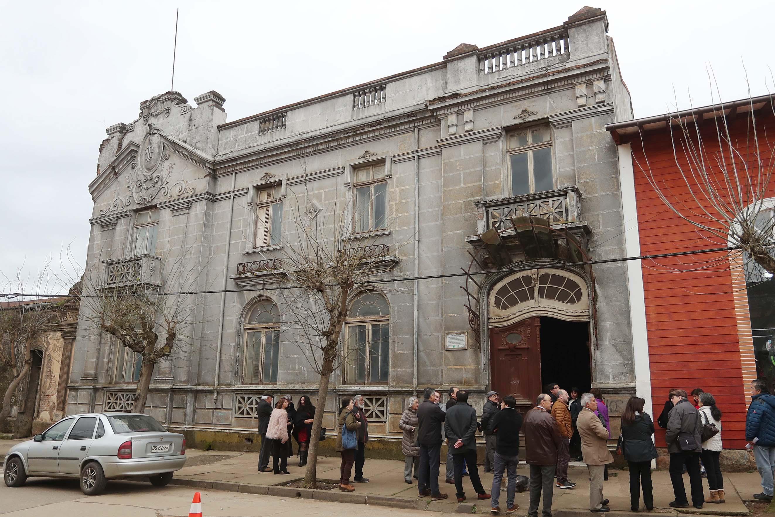 Ministra de Las Culturas Firma Traspaso de Casa Patrimonial en Traiguén Para Habilitar Museo Histórico