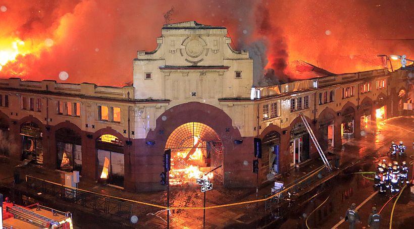 Corte Confirmó Fallo Que Culpa a Gasfíter Por Incendio Que Destruyó Mercado de Temuco