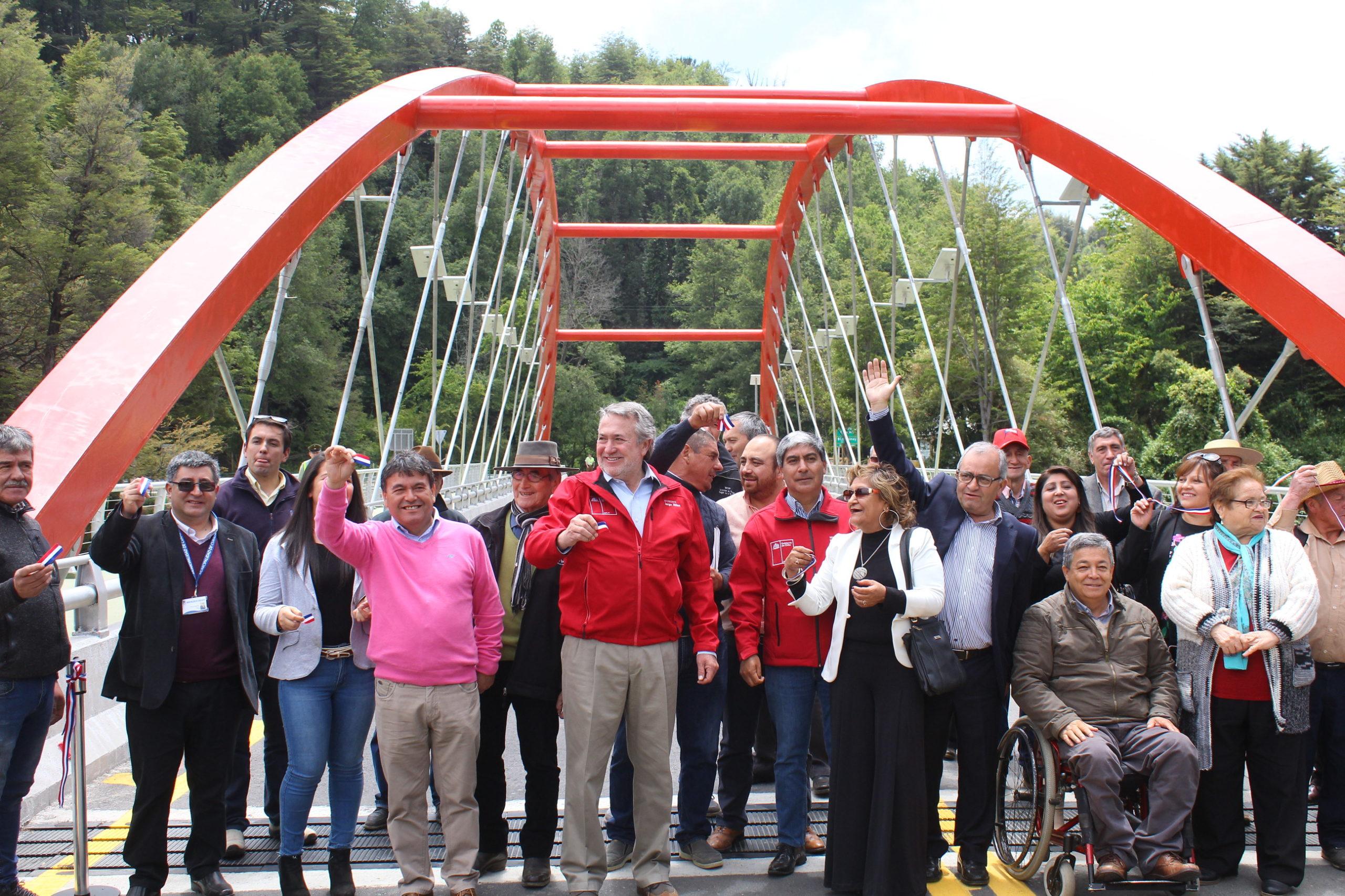 Inauguran Obras de Moderno Puente Manchuria en Curacautín