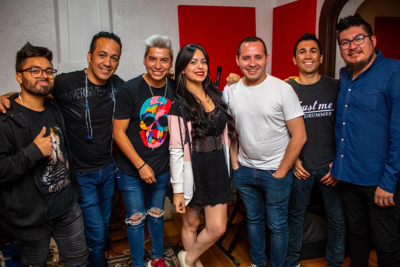"Cantante Pitrufquenino Lino Andrés Lanza Esta Noche Su Primer Disco ""Mi Mejor Lugar"""