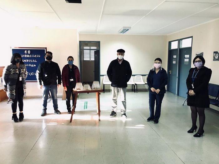 Municipio De Gorbea, Entrega Protectores Faciales A Hospital De La Comuna