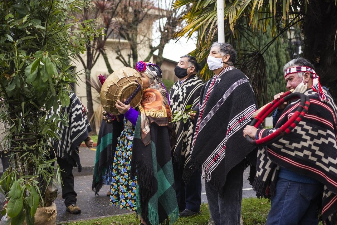 Consejo de Lonkos de Pitrufquén Rechazó Violencia Contra Mapuches en Municipios en Toma