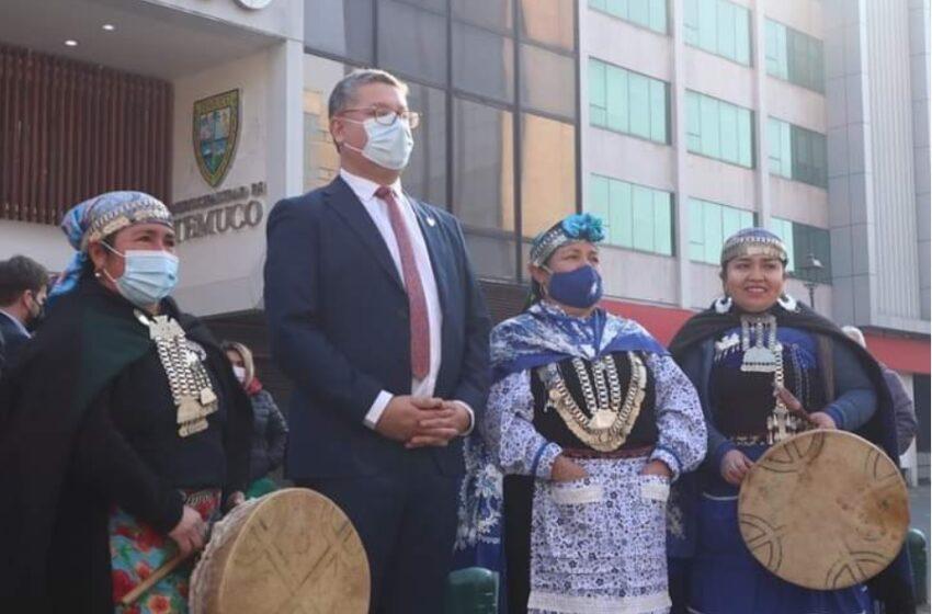 Roberto Neira Asume Como Nuevo Alcalde de Temuco Pidiendo Perdón a Hortaliceras