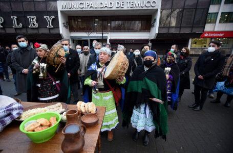 Municipio de Temuco Celebra We Tripantu Con Izamiento de Bandera Mapuche